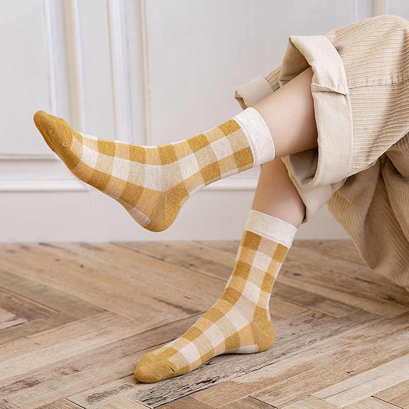 ขายร้อนเรียบง่ายลายสก๊อตสั้นถุงเท้าเข็มคู่นุ่ม Breathable ตลกฝ้ายถุงเท้าผู้ชายและผู้หญิงฤดูใบไม้ร่วงฤดูหนาว WARM SOX