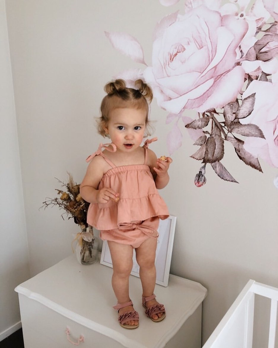 Cute New Born Baby Girl Two Pieces Sets Sleeveless Top And Shorts Set Infant Newborn Girl Beachwear Clothing