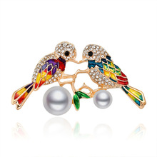Korean Girl Brooch Rhinestone Imitation Pearl Biplanet Bird Brooches Pins for Women Lovers Fashion Cute Animal Accessories