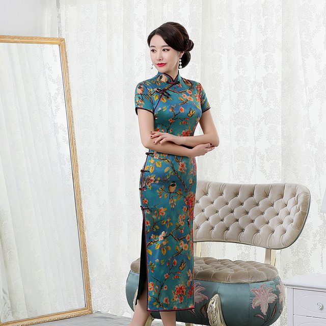 Summer 2020 Long Elegant High grade Real Silk Qipao Improved Qipao Dress Retro Hon Rhyme Embroidered With Short Sleeves