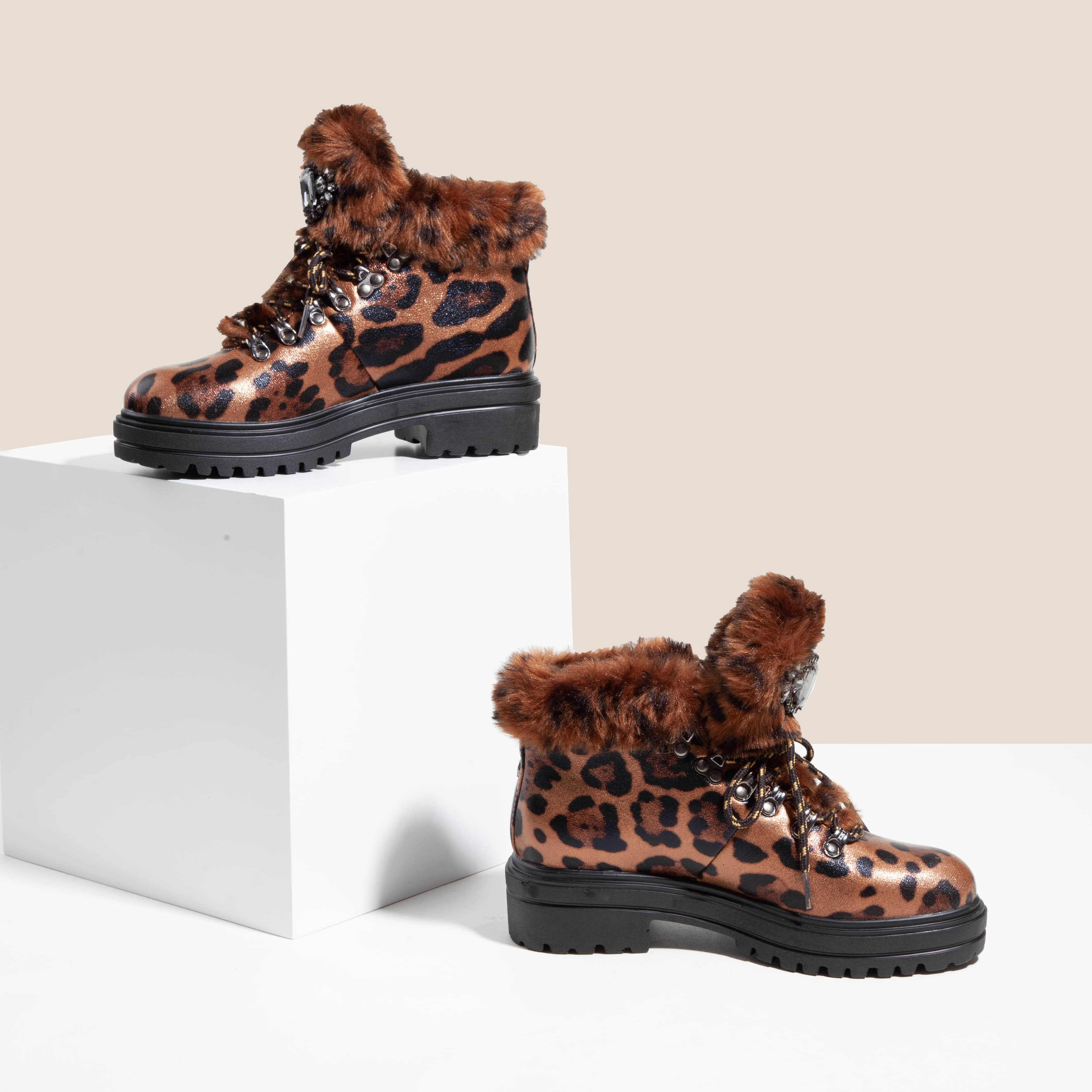 2020 mulheres de pele de leopardo inverno botas curtas plataforma couro patente strass senhoras botas neve botas femininas trabalho luxo tornozelo botas