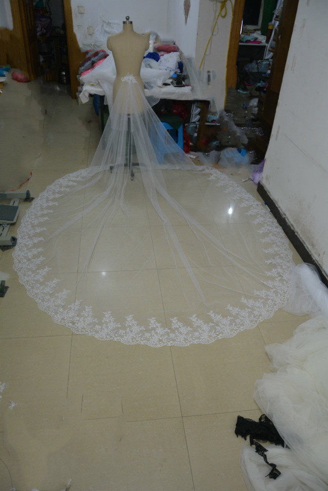 Detachable skirt , DetachableTrain, Cathedral Wedding Train, Removable Bridal Train, Lace Detachable Train,  Wedding lace Train
