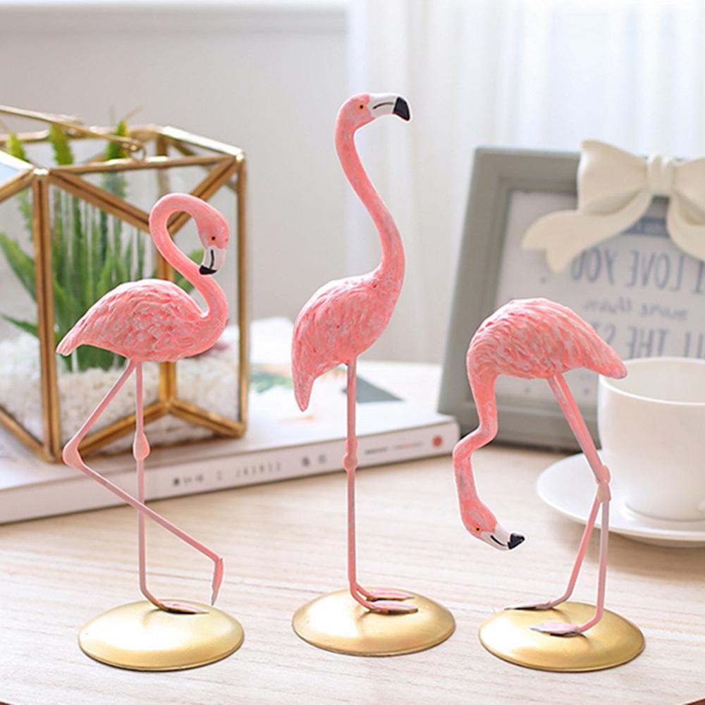 Pink Flamingo Desktop Lovely Figure Home Decoration Gift for Girls 1 Piece Flamingo Mini Sculpture Statue Living Room Decoration