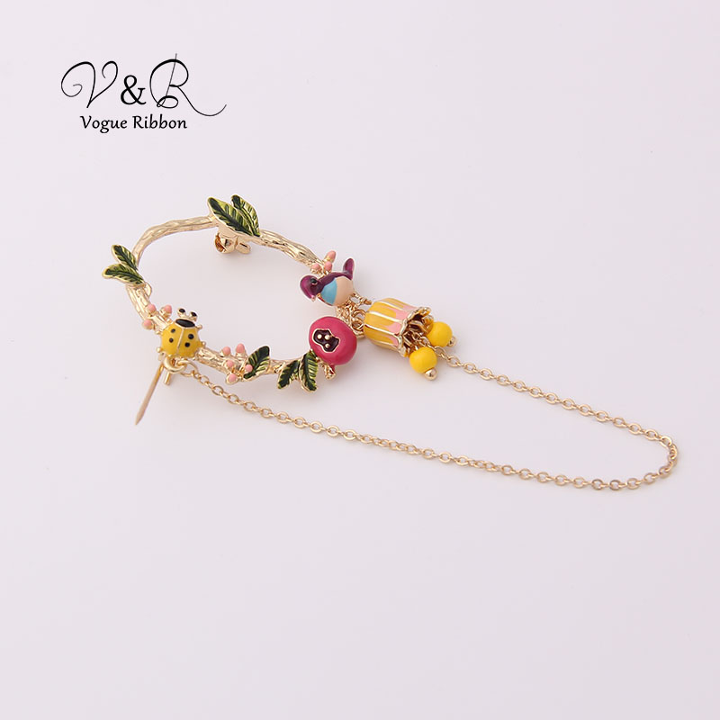 Cute Enamel Tree Leaf Ladybug Bird Nest Dangling Chain Brooch Pin For Women Cute Christmas Brooch 2019 New Jewelry Accessories (4)