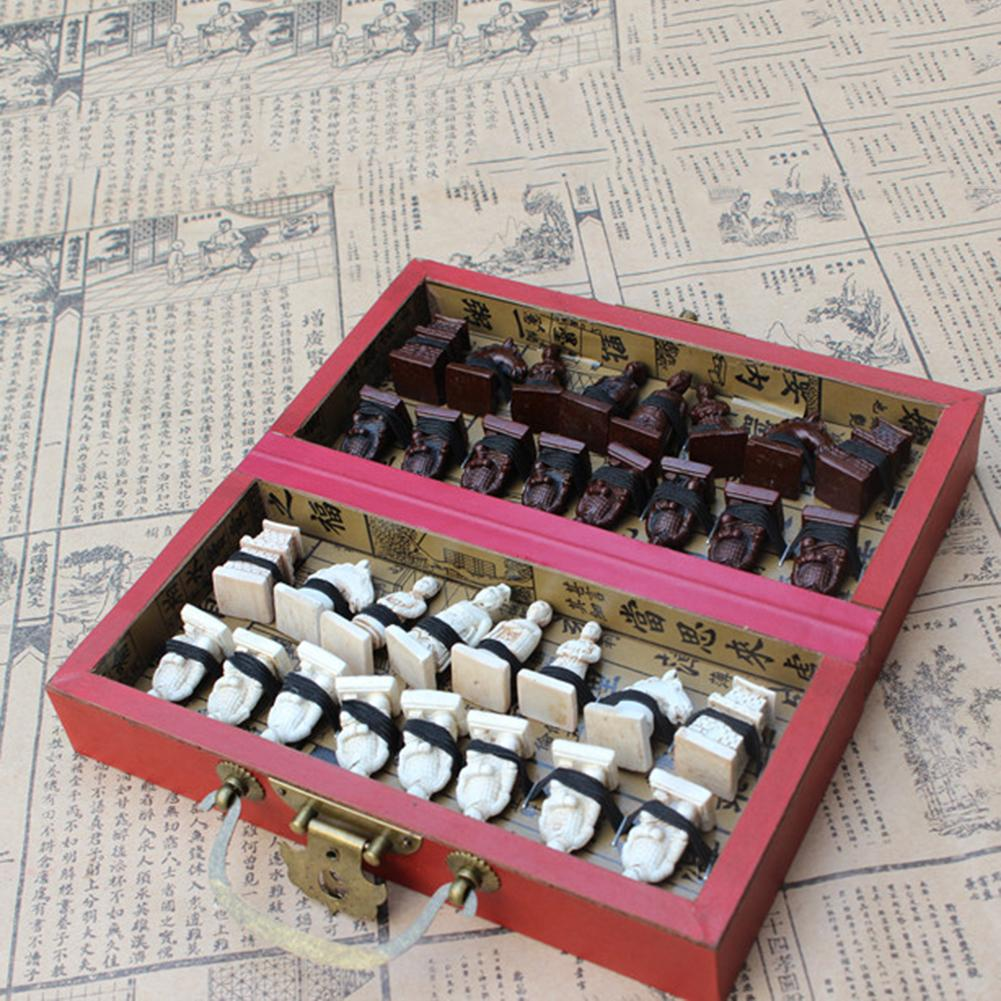 32 Pieces Terracotta Soldiers Figure Chess Set With Folding Board Game