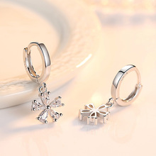 Fashion jewelry crystal five leaves flowers silver color Stud earrings Party Jewelry Gift Wholesale