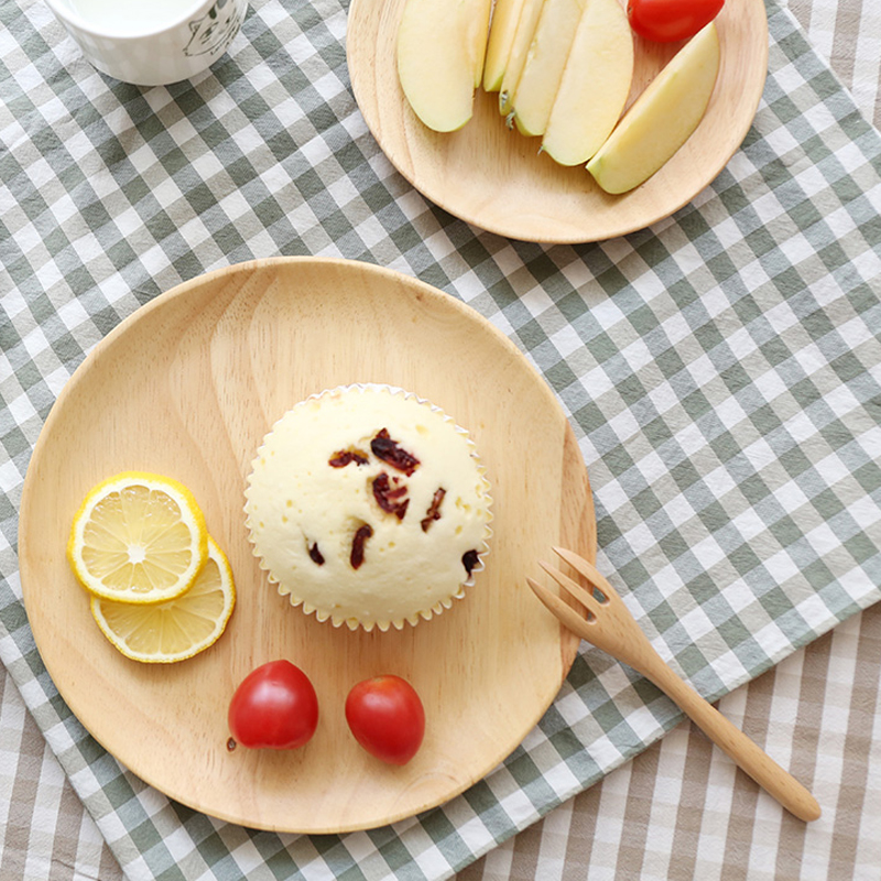 Set of 2 Round Wooden Plates 20cm Rubber Wood Dishes Cake Plate Snack Dessert Serving Tray Wooden Utensils Tableware Gift (1)