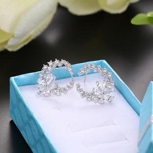 Image 1 - Son tasarım çiçek küpe mizaç basit moda metal kadın dekoratif kristal zirkon küpe kız sevgilisi düğün