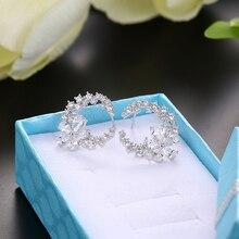 Thiết kế mới nhất Bông tai hoa tính khí đơn giản kim loại thời trang nữ trang trí pha lê zircon Bông Tai cô gái người yêu cưới