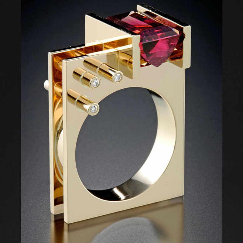 Gaya Yang Unik Wanita Kristal Merah Zircon Stone Ring Fashion Perak Kuning Emas Cincin Pertunangan Pernikahan Cincin untuk Wanita