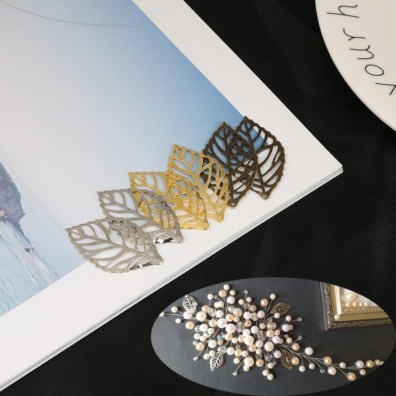 5pcs Pendant Resin Craft Hollow Frame Maple Leaf Jewelry Stylish Art Accessories