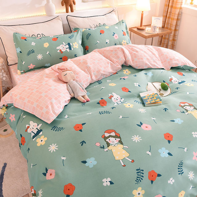 Bedding Set Little Girl With Flowers