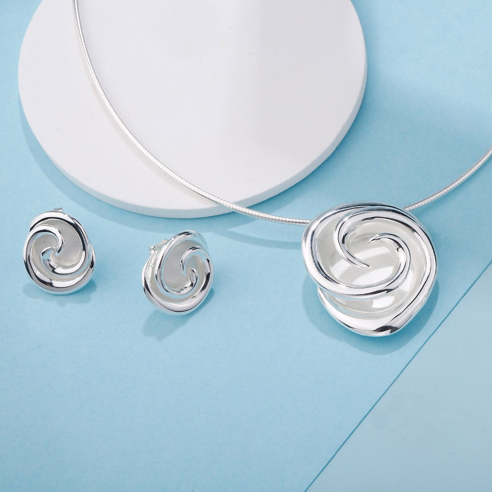 SA SILVERAGE 2020 Fine Jewelry 925 Sterling Silver Jewelry Sets for Women Rose Flower Choker Pendant Necklaces Stud Earrings