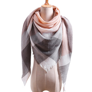 Image 1 - Plaid couleur Simple femmes écharpes 2019 triangulaire 140*140*210cm cachemire chaud automne hiver châles enveloppes écharpe pour les femmes