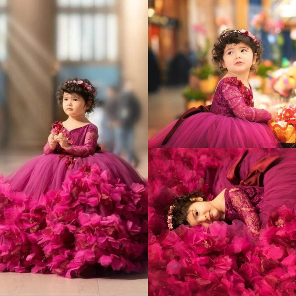 2020 Lovely Ball Gown Girl's Pageant Dresses Lace Top Long Sleeves Tiered 3D Flowers Puffy Tulle Flower Girl Dresses