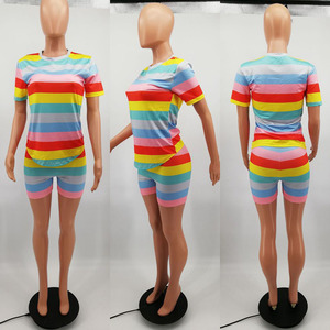 Image 4 - HAOYUAN Regenbogen Gestreiften Plus Größe Zwei Stück Set Trainingsanzug Frauen Sexy Top + Biker Shorts Schweiß Anzüge 2 Stück Outfits passenden Sets