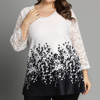 цена на 6XL Floral Print Plus Size T-shirts Women Lace Hollow Out Sleeve Ladies Tops Casual Round Neck Tee Shirt Femme camisetas D30