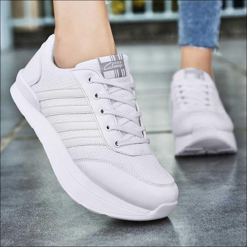 Женская обувь с перевернутым носком; Женская ортопедическая повседневная обувь с отрицательным каблуком; дизайнерская прогулочная обувь для девочек; сезон лето; коллекция 2018 года