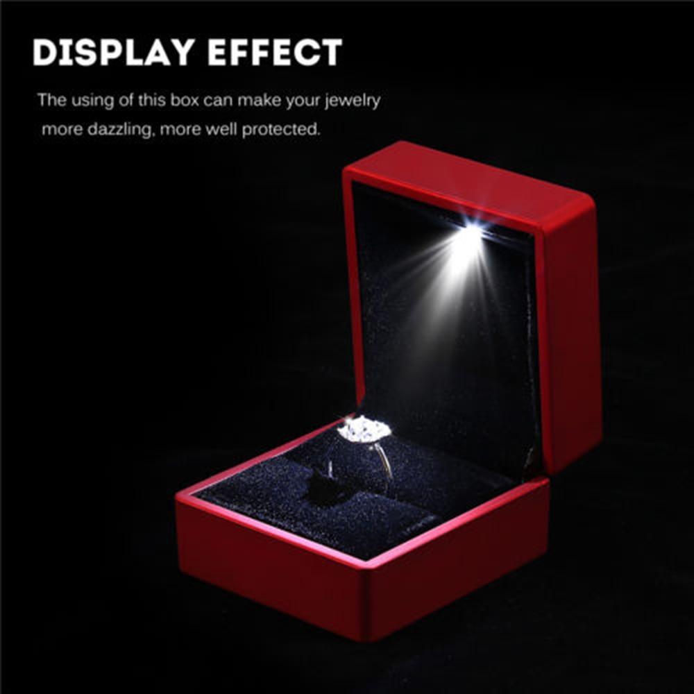 Creative LED Engagement Ring Pendant Custom Elegant Lighted Ring Storage Box Jewelry Display Gift Packing Showcase Wholesale