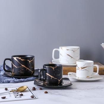 Marmurowa filiżanka kawy czarno-biała filiżanka i spodek Wysokiej jakości filiżanka kawy zestaw do kawy spodek do kawy kubki do kawy tanie i dobre opinie CN (pochodzenie) Chao Zhou Marbling Gold Coffee Cup Non- Colorful Box Superior Product Porcelain Single Domestic Trade Japanese Style