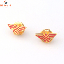 High Quality Fashion Movie Wonder Woman Brooches for Women Gold Color Superhero Red Enamel Lapel Pins