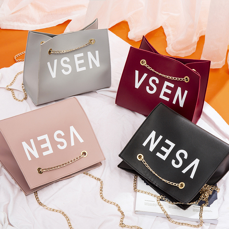 2019 PU chain phone shoulder bags luxury handbags women bags designer british fashion wild girls small square messenger bag in Top Handle Bags from Luggage Bags