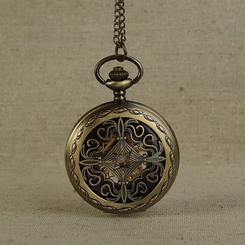 Mechanical Pocket Watch Chinese Knot Vintage Bronze Pocket Watch Perspective Hollow Carved Flower Pattern Design Pendant Gift