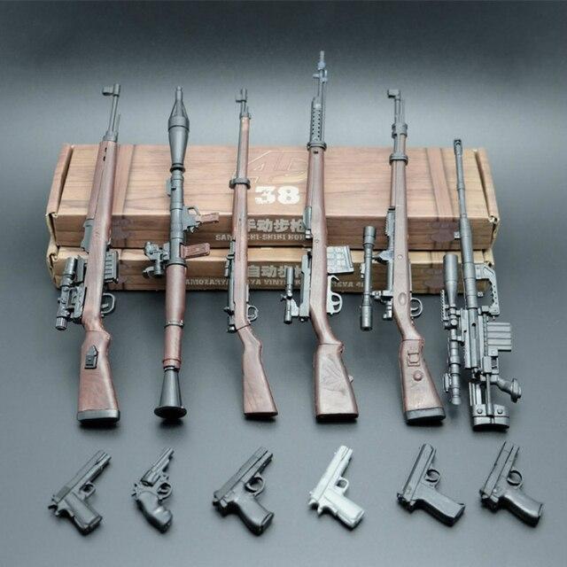 6pcs//set 1:6 SCALA BATTAGLIA ARMI DA FUOCO FUCILE D/'ASSALTO SERIE AK47 ARMA Pistola Modelli