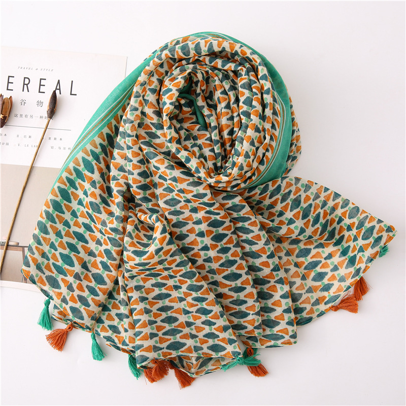 2020 Fashion Spring Summer Geometry Printing Cotton Scarf With Tassel Fashion Wraps Shawls Sunscreen Beach Hijab Wholesales