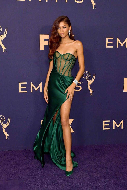 Sexy chérie illusion sirène célébrité robe de soirée 2020 robe de bal rihanna robes de tapis rouge robes de célébrité