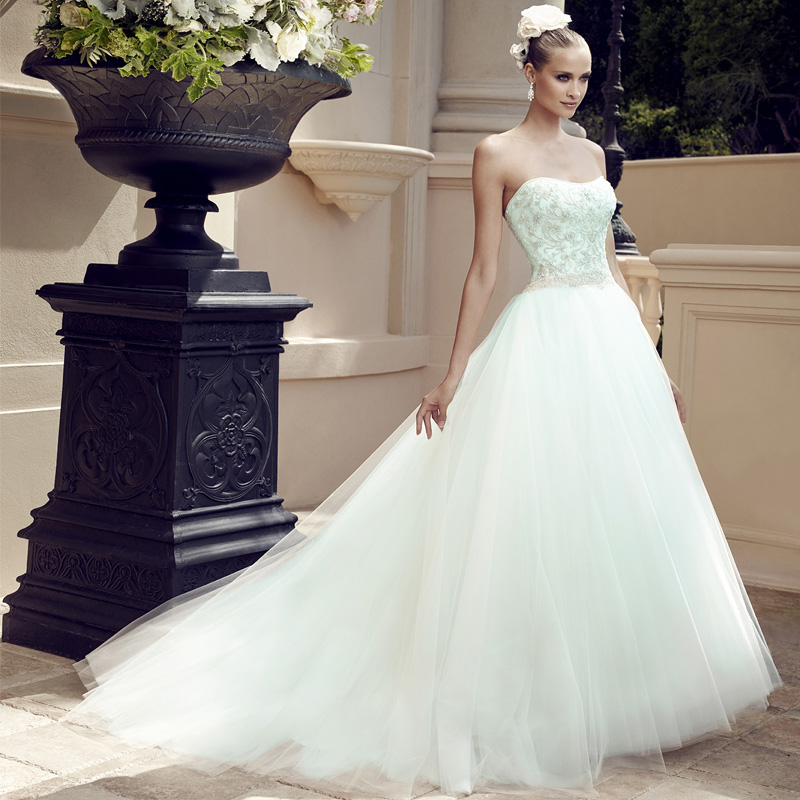 Princess Cathedral Train Bead And Pleat Bridal Ball Gown Vestidos De Novia Luxury Strapless Lace Appliques Wedding Dress