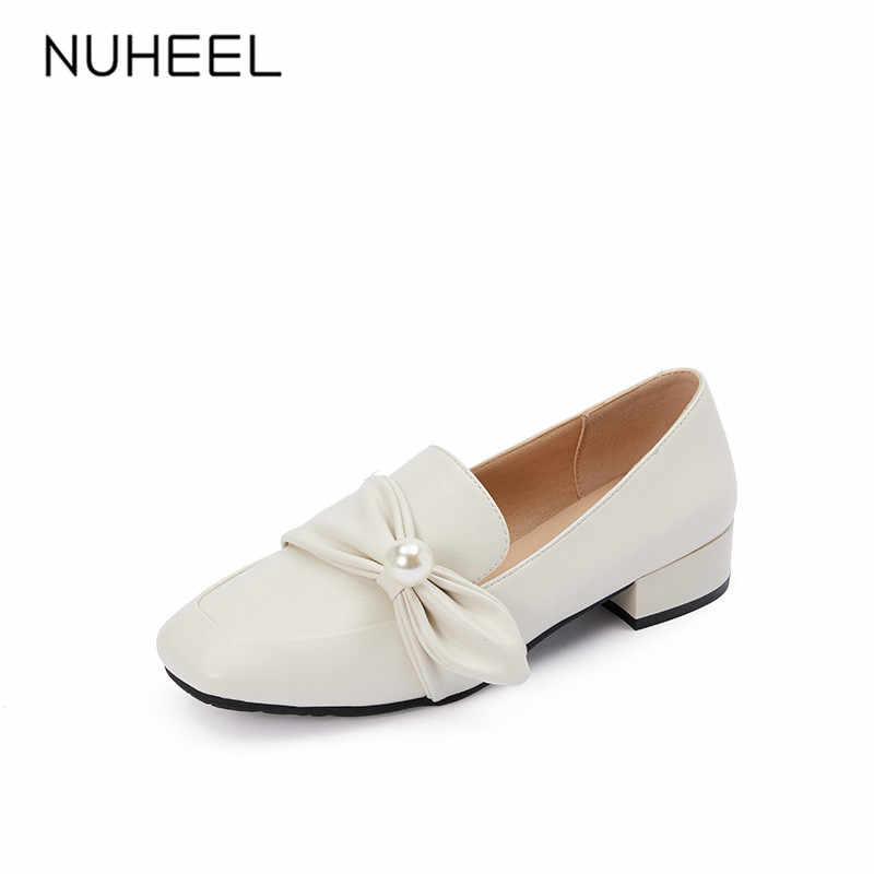 NUHEEL kadın ayakkabısı yay inci aksesuarları retro pompaları yeni bahar vahşi kare kafa düşük topuk net kırmızı loafer'lar kadınlar
