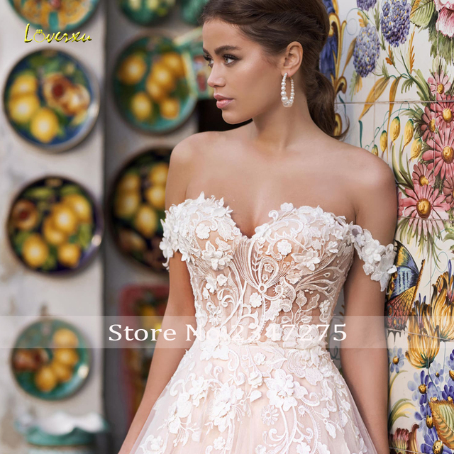 Loverxu Sexy Backless Boat Neck Lace A Line Wedding Dress 2021 Luxury Appliques Off The Shoulder Court Train Vintage Bridal Gown 3