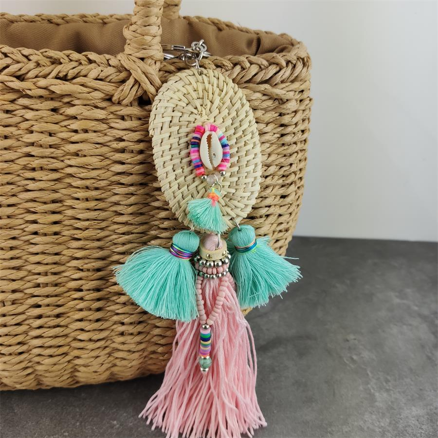 New Boho Jewelry Bamboo Shell Keychains With Tassel Bag Charms Accessories Bag Hanging Pendant For Women Gift
