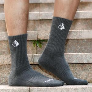 Image 5 - YUEDGE Mens 5 Pairs Spring and Autumn Cotton Cushion Comfortable Sports Casual Runing Hiking Crew Dress Socks