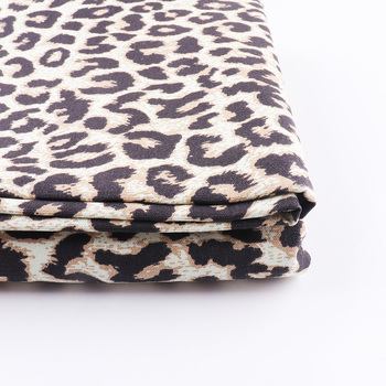 Tela de algodón estampado de leopardo costura acolchado Tissus Telas para mantel delantal Patchwork costura DIY accesorios hechos a mano 150cm