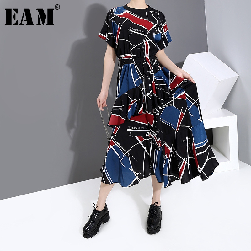 [EAM] Women Black Pattern Printed Long Big Size Dress New Round Neck Short Sleeve Loose Fit Fashion Spring Summer 2020 1W014