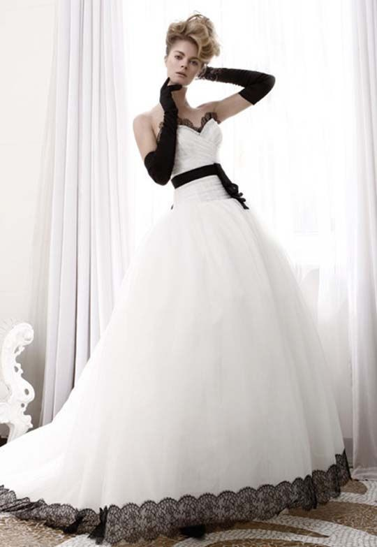 2018 Ball Gown Black And White Long Train Sweetheart Lace Bridal Gown With Belt Vestido De Noiva Mother Of The Bride Dresses