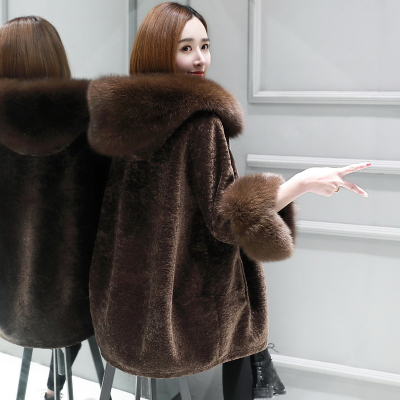 Winter Natural Wool Jacket Women Sheep Shearing Fur Coats Female Parka Real Fox Fur Hooded Warm Spring Clothes LWL1383