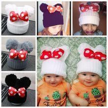 Милая детская шапка в горошек с большим бантом; детская вязаная хлопковая шапочка; сезон осень-зима; теплые шапки с двойным помпоном для девочек