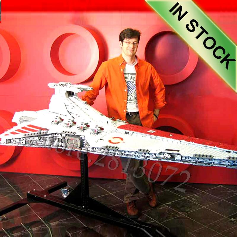 05077 The UCS Venator Class Star Destroyer ST04 Star Movie Wars Model Building Blocks 81067 05042 05027 05037 05038 Sandcrawler