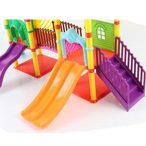 Image 3 - Peppa Schwein spielzeug George pepa schwein Familie freunde Spielzeug Reale Szene Modell Amusement park haus PVC Action figuren neue jahr schwein spielzeug