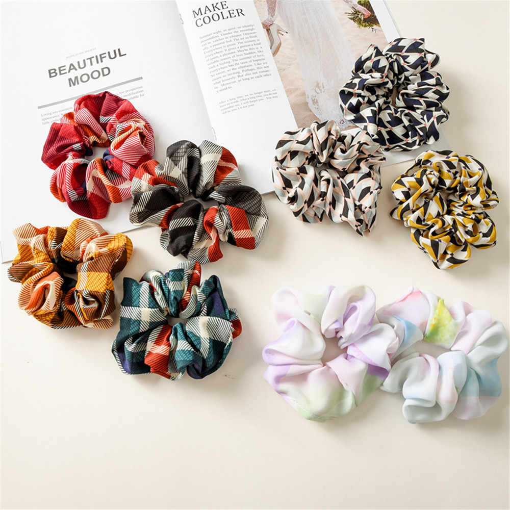 2019 New Arrial Vintage Black & White Lattice Ponytail Holder Scrunchies Ring Elastic Hair Tie for Women & Girl Hair Accessories