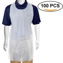 100 sztuk zestaw biały jednorazowy fartuch przeciw zabrudzeniom przezroczysty łatwy w użyciu fartuchy kuchenne dla kobiet mężczyzn kuchnia fartuch kuchenny tanie tanio CN (pochodzenie) Jednorazowe KRÓTKI HIGIENICZNE Fartuch bez rękawów 996131 90*62cm Disposable Aprons Cooking Apron 100pcs set