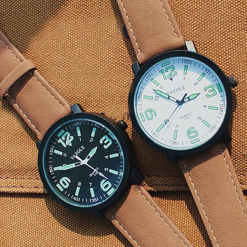 Fashion Luxury Couple Quartz Watch Luminous Glow In The Dark Faux Leather Strap Quartz Sport Wrist Watch Couple Gift часы женски