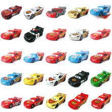 Disney pixar carros ouro dinoco azul preto polícia relâmpago mcqueen diecast carro de brinquedo para crianças 1:55 solto nova marca & frete grátis
