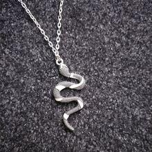 Светящееся ожерелье ретро светящаяся Панк Змея цинковый сплав