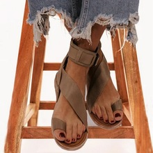Women Summer Beach Sandals Flats Casual Shoes Flat Fashion Sandalias Open Toe PU Gladiator Flat Flat with Buckle Strap cheap Sfit Rubber Flat (≤1cm) Fits true to size take your normal size Back Strap Shallow LEISURE D059 Solid