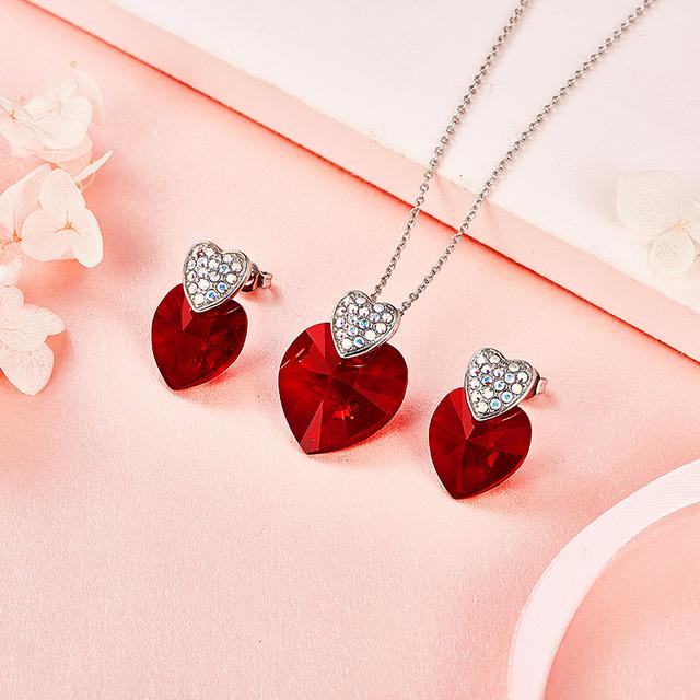 Súprava šperkov SRDCE náušnice náhrdelník SWAROVSKI KRYŠTÁL 3farby Jewelry Set