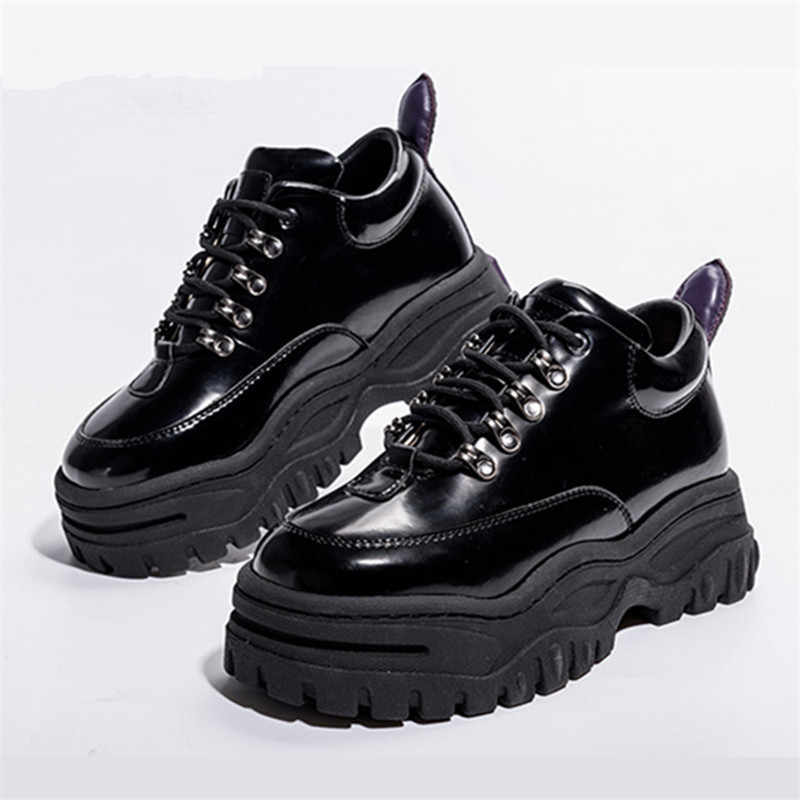 Black Patent Leather Women Sneakers